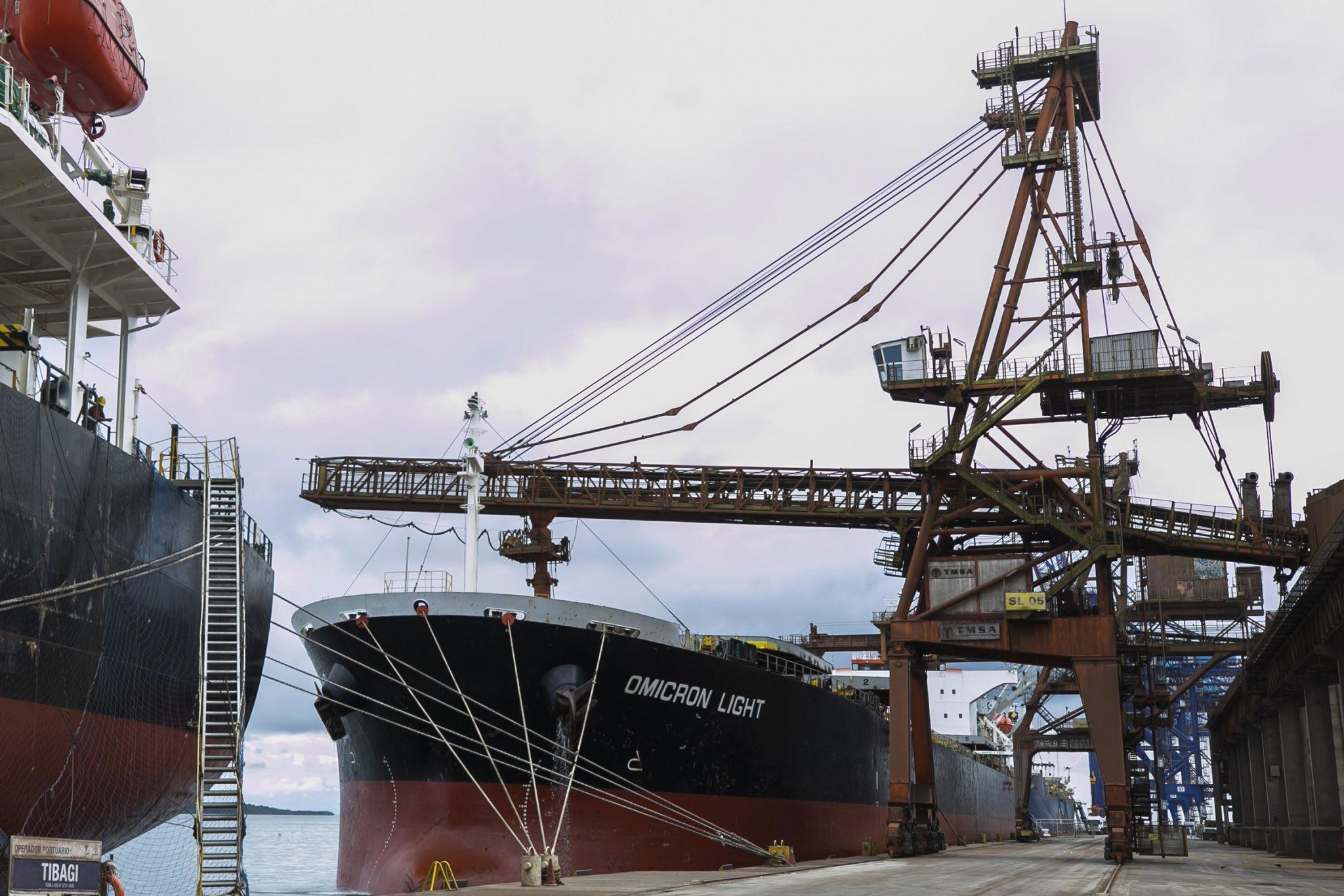 Exportações paranaenses registram queda em agosto