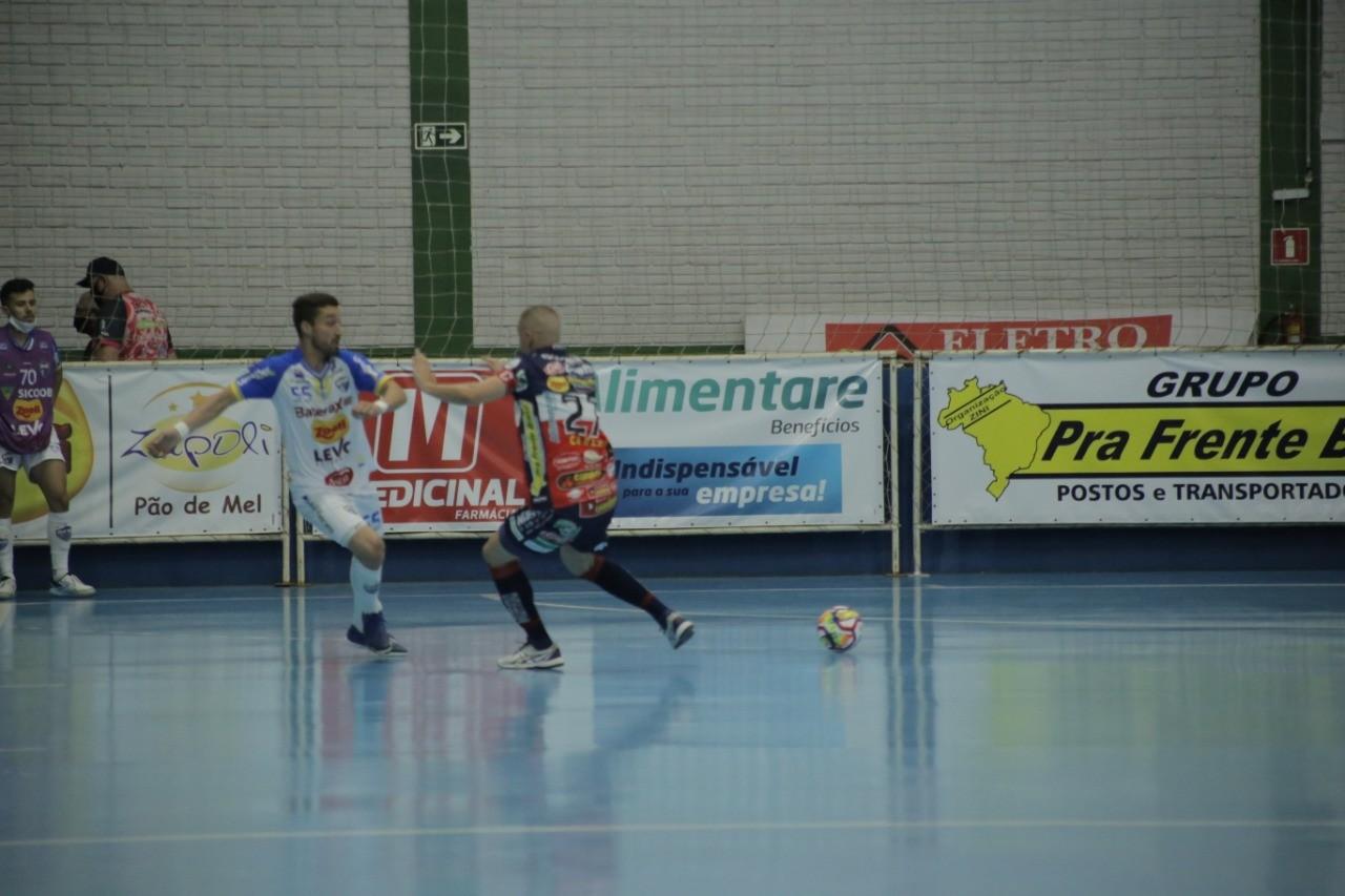 Cascavel Futsal derrota Umuarama e conquista o hexa