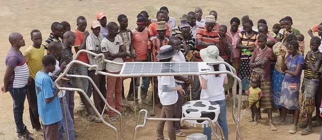 Empresa cria 'vaca solar' para recarregar baterias