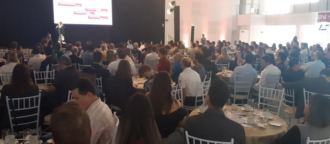 BNI vem a Cascavel para incentivar empresários