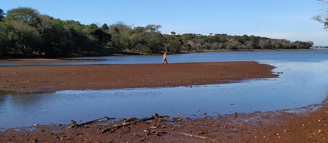 """""""A situação do Lago Municipal e dos rios em Cascavel vai além da estiagem"""""""