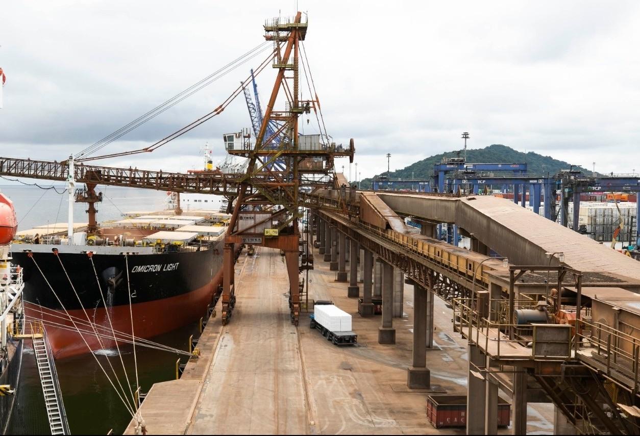 Exportações paranaenses voltam a registrar queda em outubro