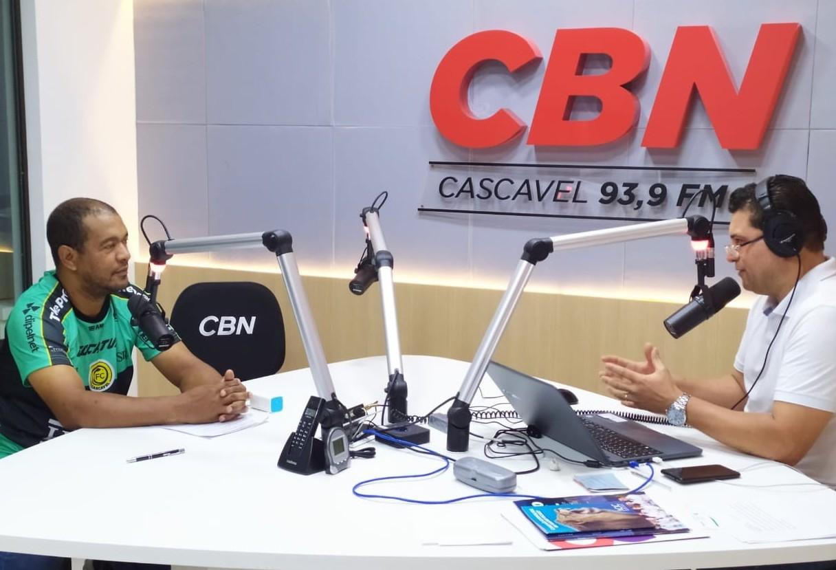 """""""Durante o período na PM, prendi 4.598 pessoas; ficando entre os 10 que mais prendem no Paraná"""" diz Madril"""