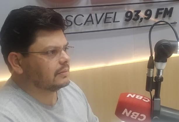 """""""Esta semana é decisiva para os partidos e candidatos"""", diz Souza"""