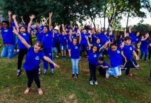 CEMIC faz a alegria de centenas de crianças com presentes de natal