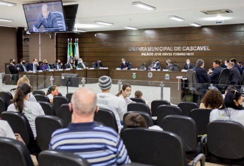 Projeto de educação domiciliar é aprovado em segunda votação