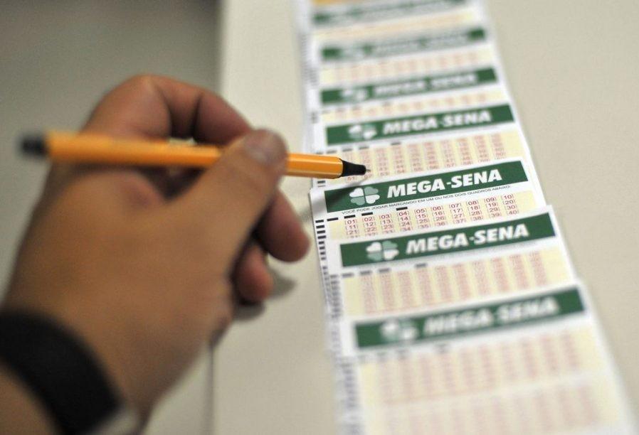 Mega-sena pode pagar R$ 55 milhões neste sábado (7)