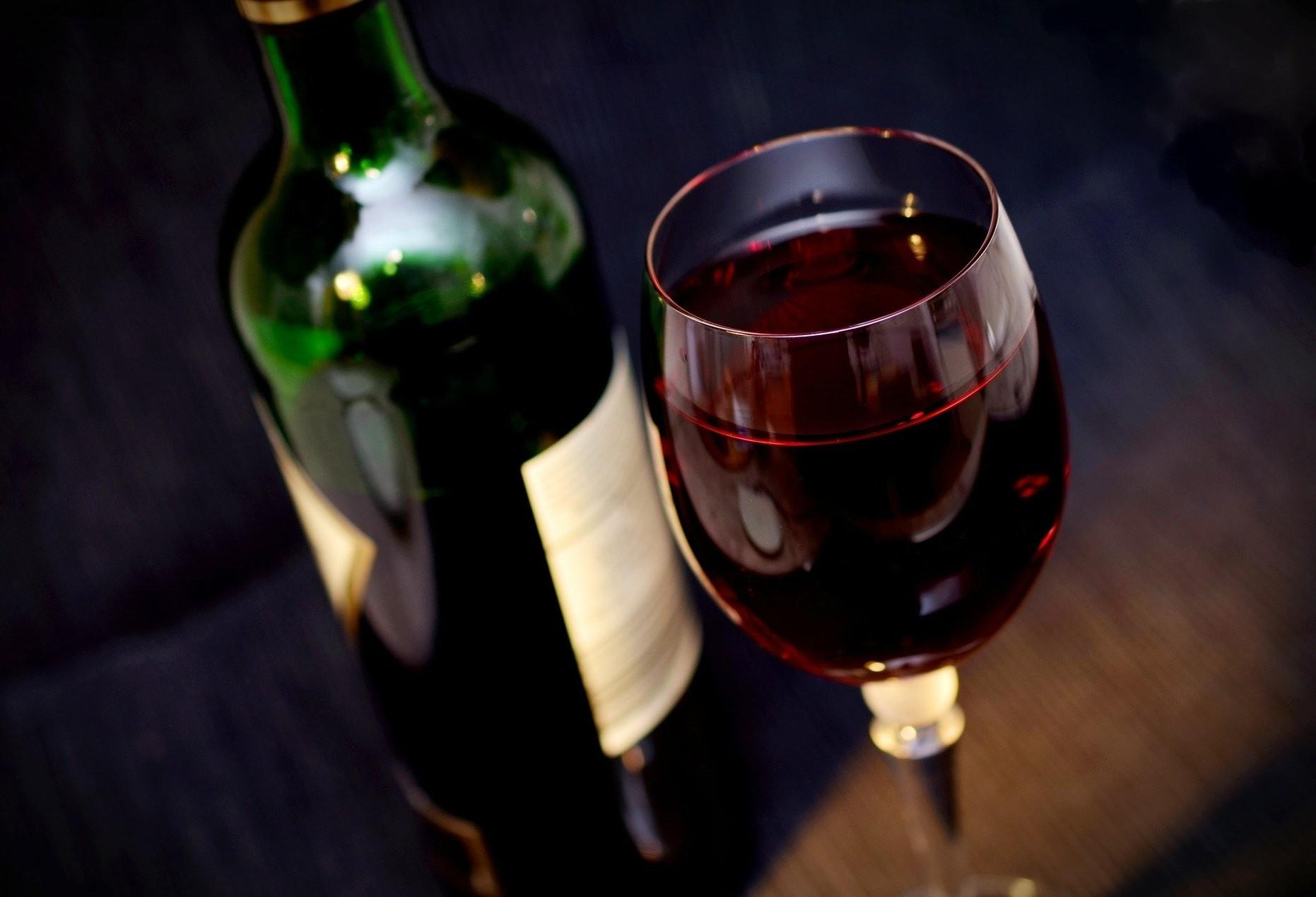 Empresários doam vinhos e experiências gastronômicas para leilão beneficente
