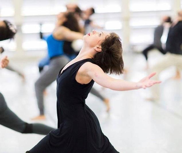 Bailarinos do Guaíra oferecem oficinas on-line gratuitas