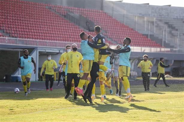"""FC Cascavel vence mais uma vez o Rio Branco pela Série """"D"""" do Brasileiro"""