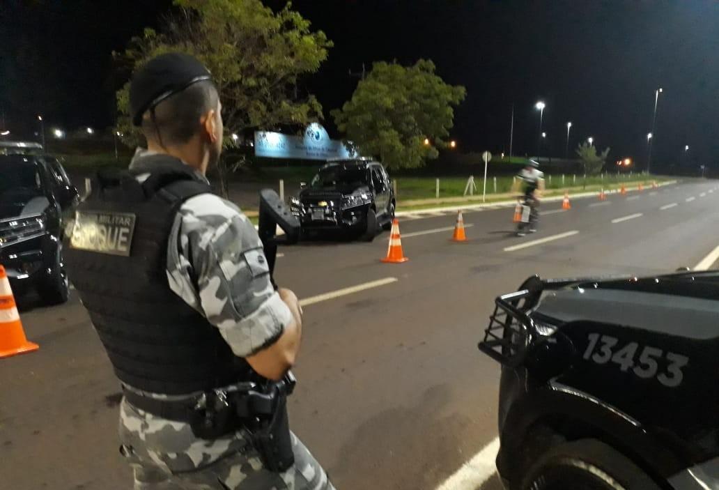 Polícia realiza operações de segurança em Cascavel