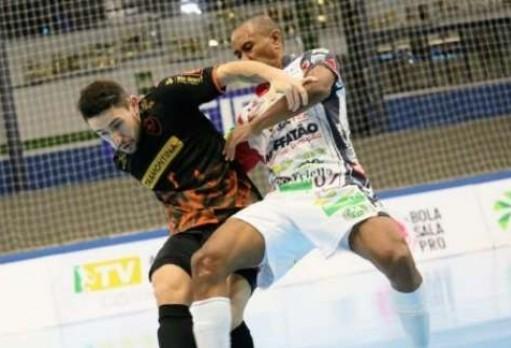 Cascavel e Carlos Barbosa empatam no ginásio da Neva