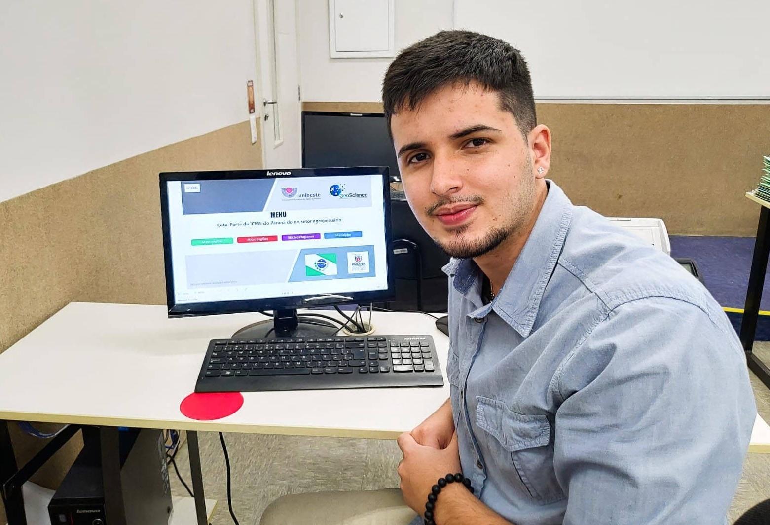 Estudante da Unioeste desenvolve plataforma de personalização de dados do ICMS do Estado