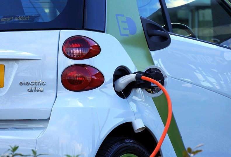 Curitiba terá carros elétricos compartilhados até 2025