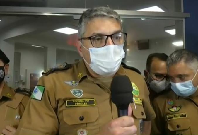 Comandante geral da Polícia Militar do Paraná visita policiais baleados em confronto