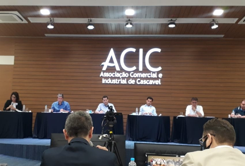 ACIC promove encontro com candidatos a prefeito de Cascavel