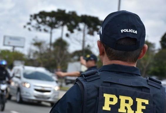 Maioria dos acidentes com morte nas rodovias no primeiro trimestre aconteceu em pista simples, diz PRF