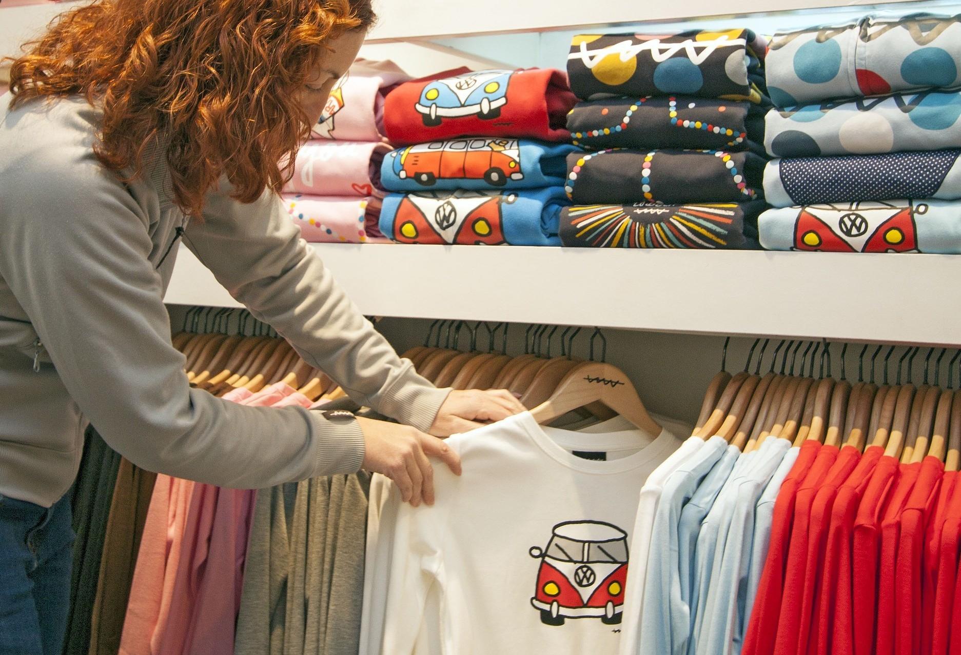 Intenção de consumo cai pela quarta vez no Paraná