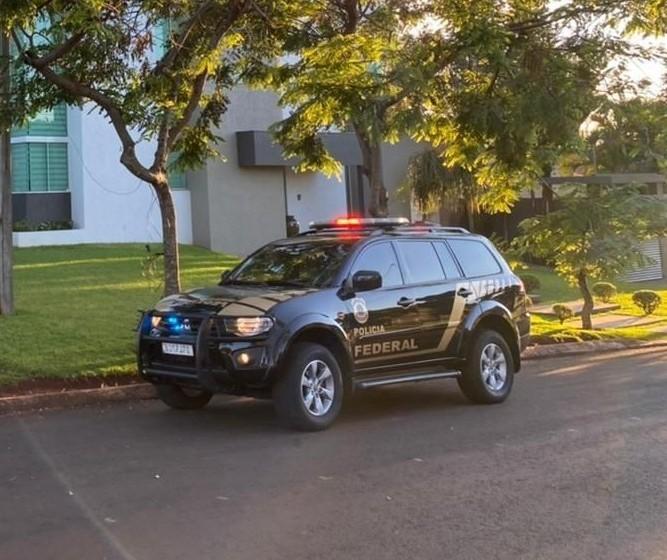 Operação mira prefeitos, servidores públicos e empreiteiros suspeitos de corrupção
